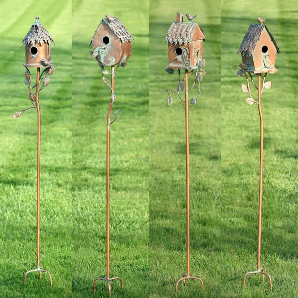 Set of 4 Country Style Birdhouse Stakes with Thatchwork Roof