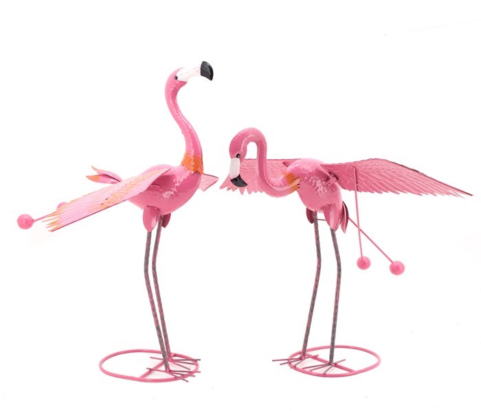 SET OF 2 PINK FLAMINGOS WITH MOVING WINGS