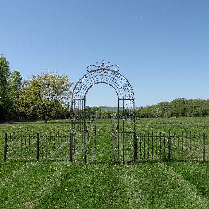 GARDEN GATE ARCH W/4 FENCE PIECES