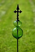 Glass Ball Iron Garden Stakes In 6 Assorted Colors