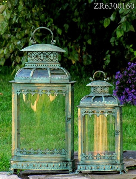 SET of 2 LANTERNS WITH LARGE CURVED GLASS