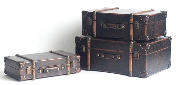 Set of 3 Old-Style Antique Leather Trunk Decor