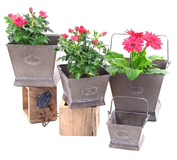 Set of 4 Square Iron Planters with Moving Handles