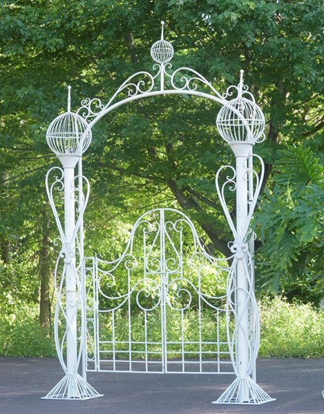 GARDEN GATE WITH 3 GLOBE PLANTERS
