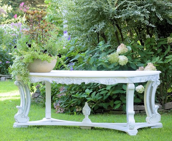 Parisian-Style Large Oval Wooden Table in Antique White