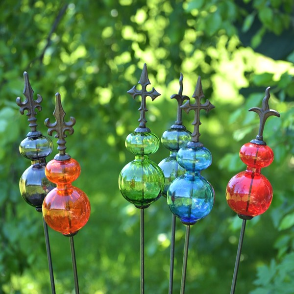 Merveilleux Glass Ball Iron Garden Stakes In 6 Assorted Colors