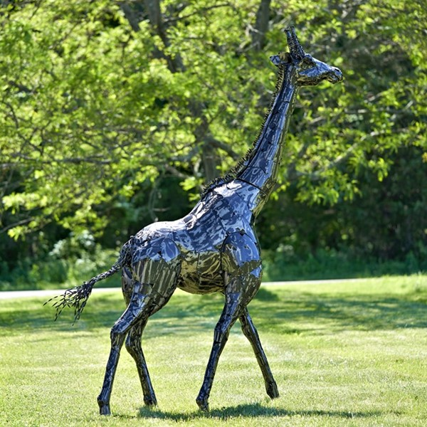 "84"" Tall Iron Giraffe Decoration"