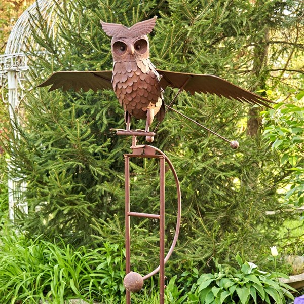 "Large Metal Flying Owl ""Wesley"" Rocking Stake in Antique Rust"