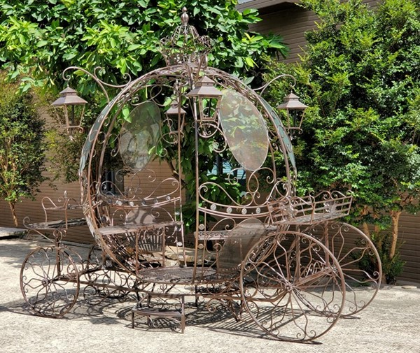 "Large Round Cinderella Carriage in Antique Bronze ""The Luciana"""