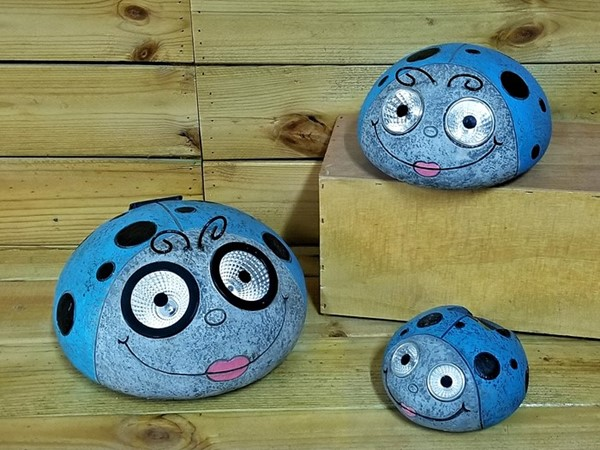 Set of 3 Painted Ladybugs with Solar Eyes in Blue
